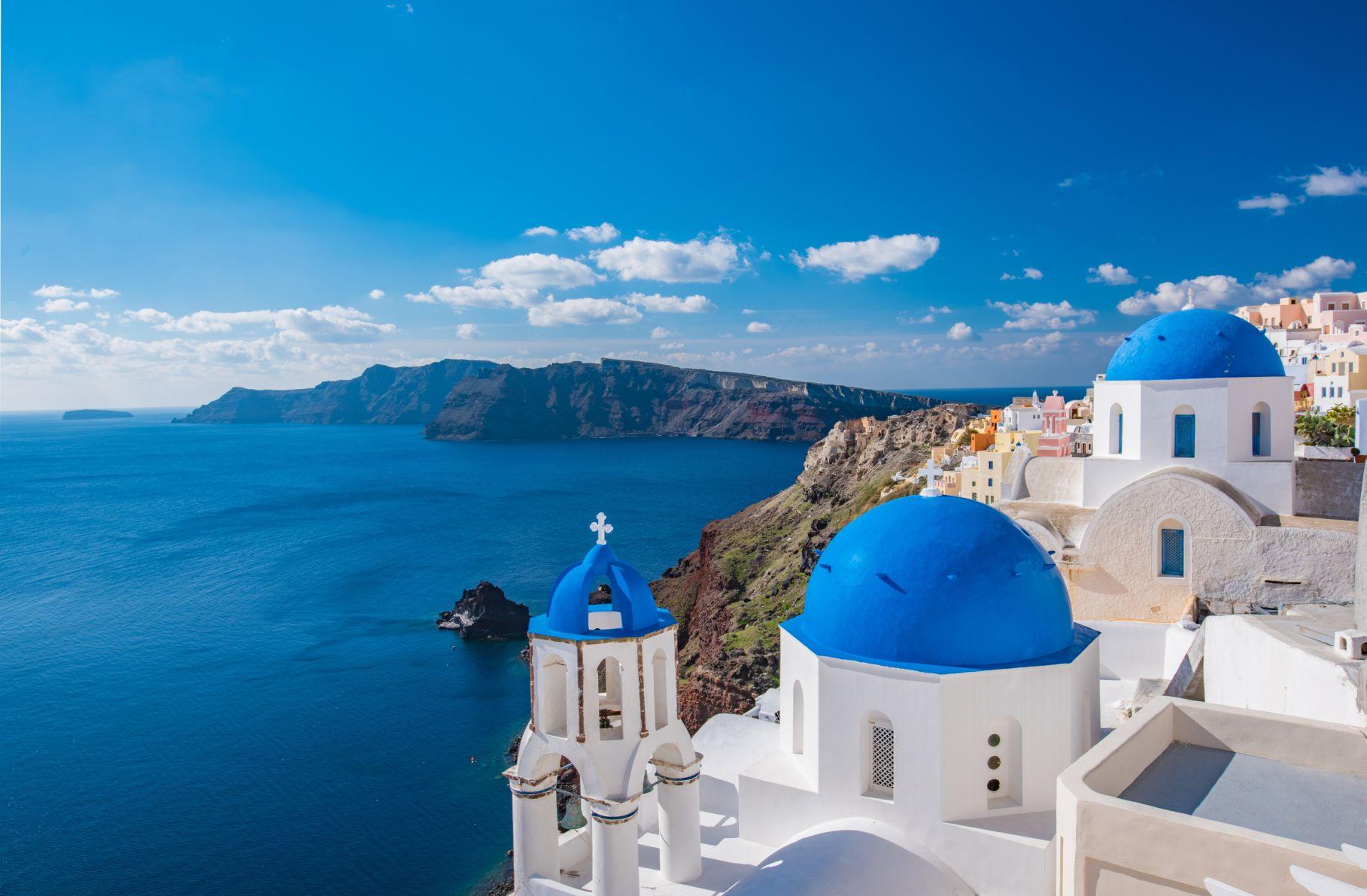 Майски празници на о. Санторини, Гърция със самолет от Варна – 4 нощувки